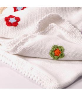 Blanket white with flowers 600 - 002 WF