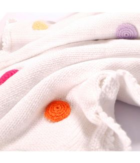Blanket white with spotty 600 - 002 WS